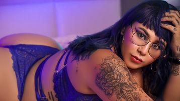 Pyro sexy webcam show – Dievča na Jasmin