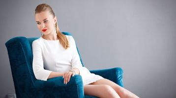 AmelieJeen:n kuuma kamera-show – Nainen sivulla Jasmin