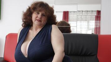 MonaDD sexy webcam show – Staršia Žena na Jasmin