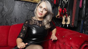 Sexy show su webcam di SavannahSly – Fetish su Jasmin