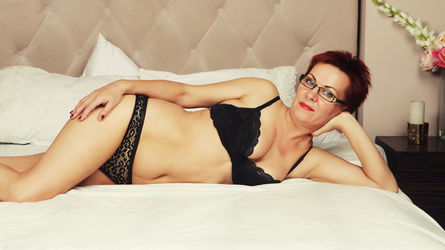 SandraRouge's profile picture – Mature Woman on LiveJasmin