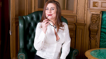 JullyJullieta's hot webcam show – Mature Woman on Jasmin
