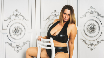 BadMumErica's hot webcam show – Mature Woman on Jasmin