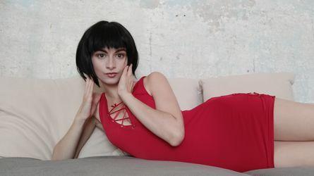 YvonneLowe