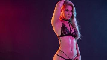 Show caliente de webcam de SarahBlanco – Chicas en Jasmin
