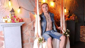 LoganMoon's hot webcam show – Boy for Girl on Jasmin