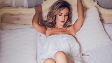 Show-ul fierbinte al lui JenniferHill – Fata pe Jasmin