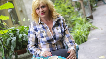 SueAnderson'n kuuma webkamera show – Kypsä Nainen Jasminssa