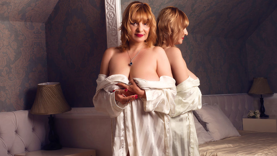 JaneMays's profile picture – Mature Woman on LiveJasmin