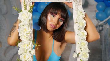 MilenaJames vzrušujúca webcam show – Dievča na Jasmin