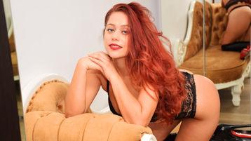 Show fierbinte la webcam MelissaJolie  – Fata pe Jasmin