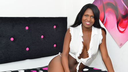 AdriannaHolmes
