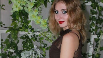 Show quente na webcam de YourChanceSmile – Alma Gémea em Jasmin