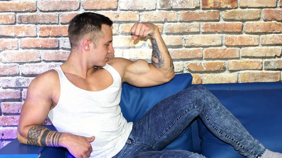 JohnHunk's Profilbild – Schwul auf LiveJasmin