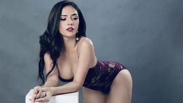 XXLUXERYYUMIEFOX's hot webcam show – Transgender on Jasmin