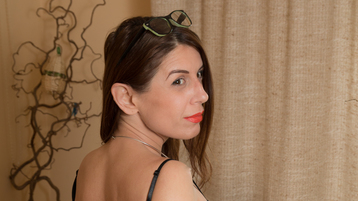 Eartylilith's hot webcam show – Mature Woman on Jasmin