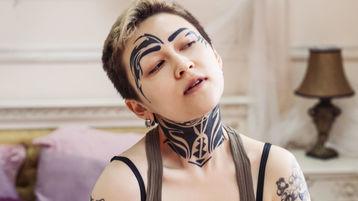 Tattooria のホットなウェブカムショー – Jasminのガールズ