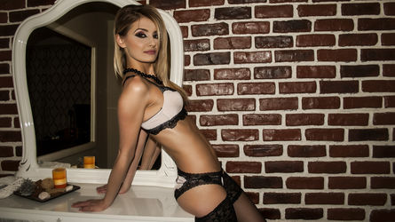 Adya's profile picture – Girl on LiveJasmin