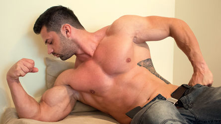 HugeAdonis's profile picture – Gay on LiveJasmin