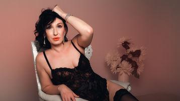Show caliente de webcam de HotSmartQueen – Flirteo Caliente en Jasmin