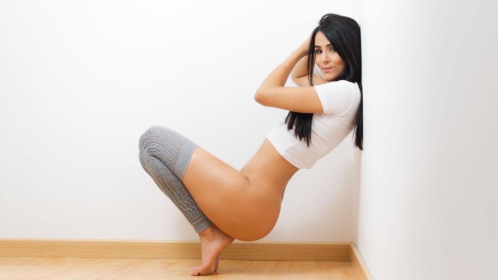 EmmaCrox's hot webcam show – Girl on LiveJasmin