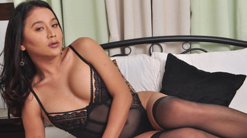 Show-ul fierbinte al lui BeautifulSHEMALE – Transsexual pe Jasmin