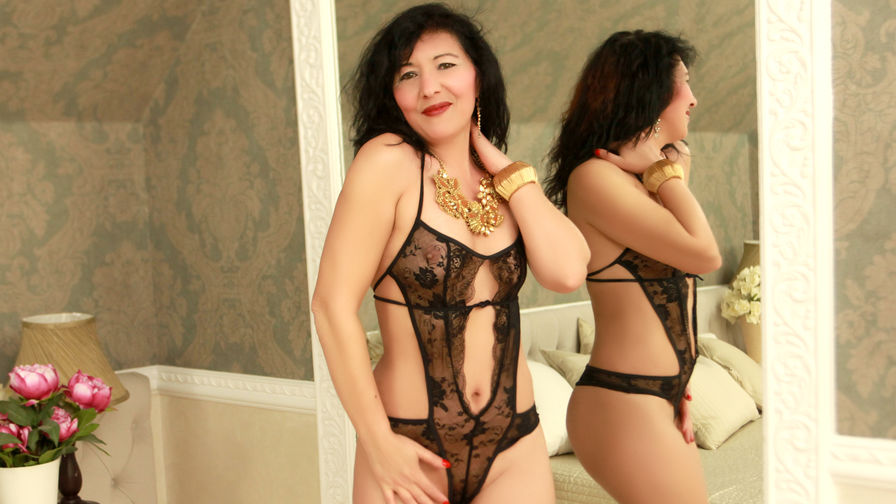 EroticWife's profile picture – Mature Woman on LiveJasmin