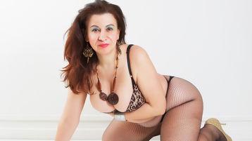 GRANSEXY のホットなウェブカムショー – Jasminの熟女