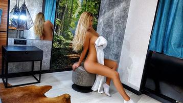 HotSerene's hete webcam show – Meisjes op Jasmin