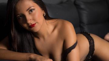 BellaJohnsonx szexi webkamerás show-ja – Lány a Jasmin oldalon