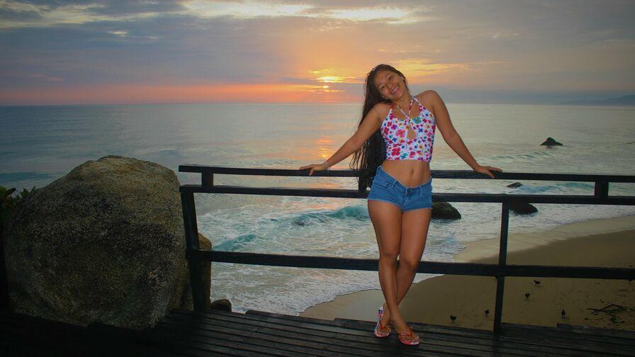 LauraLJ's profil bild – Flickor på LiveJasmin