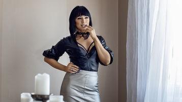 AmyBlair火辣视频秀 – 在Jasmin上的女生