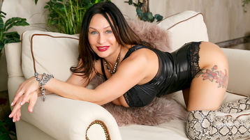 FloraSquirts45's hot webcam show – Mature Woman on Jasmin