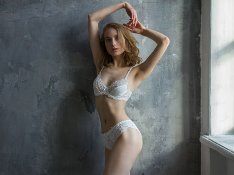KiraLucky
