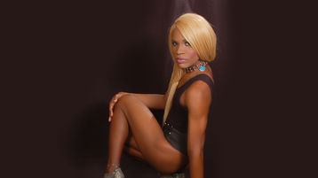 sweetblacklusia's hot webcam show – Transgender on Jasmin