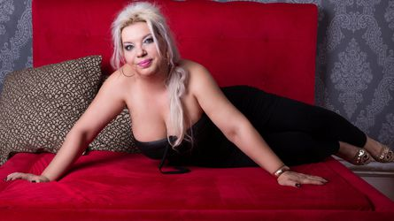 MILFSonja's profile picture – Mature Woman on LiveJasmin
