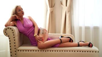Show di sesso su webcam con ArinaSerein – Hot Flirt su Jasmin