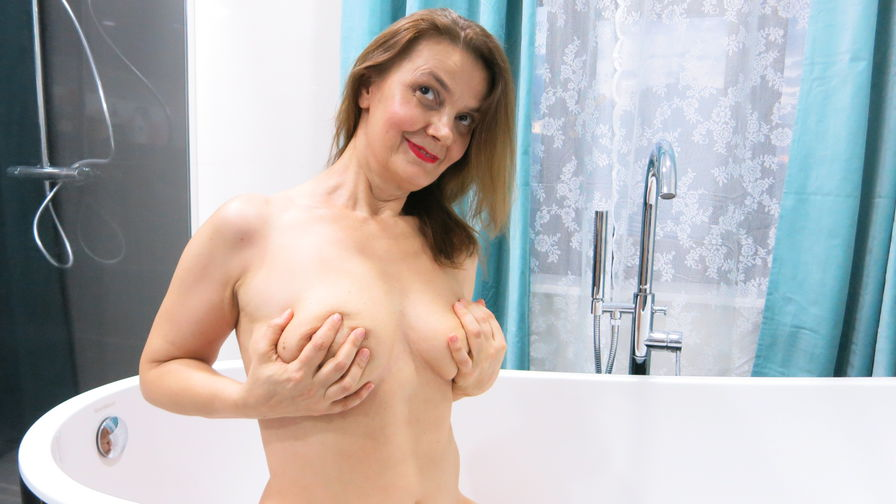JuicyPussy4u's profile picture – Mature Woman on LiveJasmin