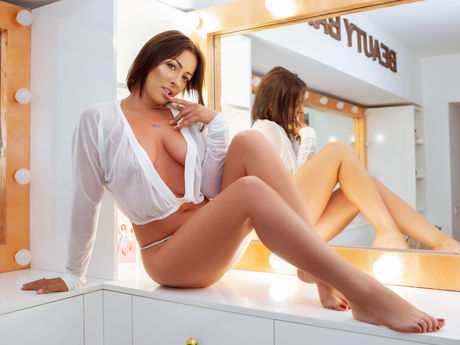 SheenaSue