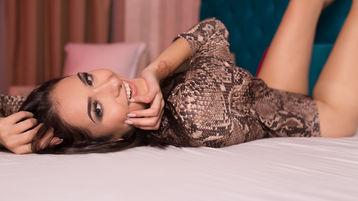Show fierbinte la webcam KelseyRymes  – Fata pe Jasmin
