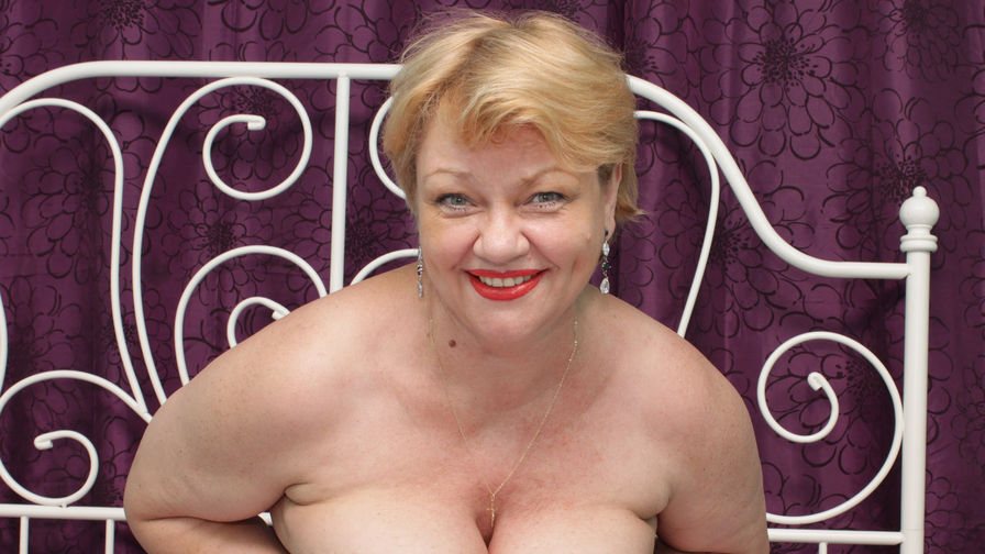 XHoneyLadyX's profile picture – Mature Woman on LiveJasmin