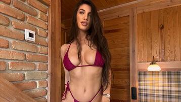 Gorący pokaz MathildaLian – Dziewczyny na Jasmin