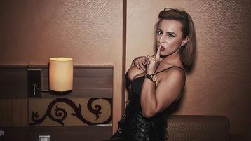 QueenOfWalllets sexy webcam show – uniformy ženy na Jasmin