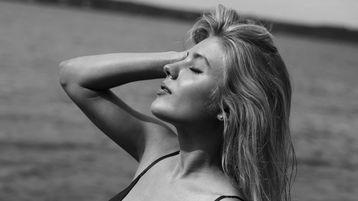 MilaCandyBlonde hot webcam show – Pige på Jasmin