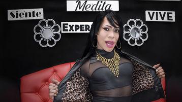 Show caliente de webcam de PERLACOCKTS – Transexual en Jasmin