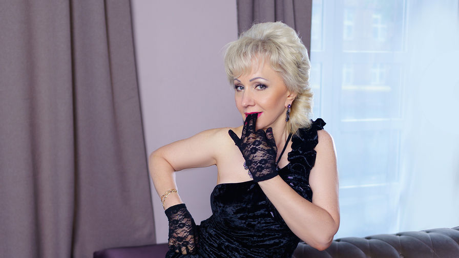 HappyXNights's profile picture – Mature Woman on LiveJasmin