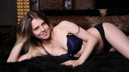 AngelinaFannie's profile picture – Girl on LiveJasmin