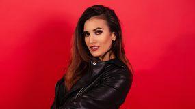CarinaRise's hot webcam show – Hot Flirt on Jasmin
