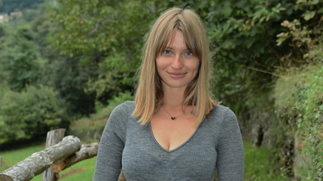 WhiteDessert's hete webcam show – Hete Flirt op Jasmin
