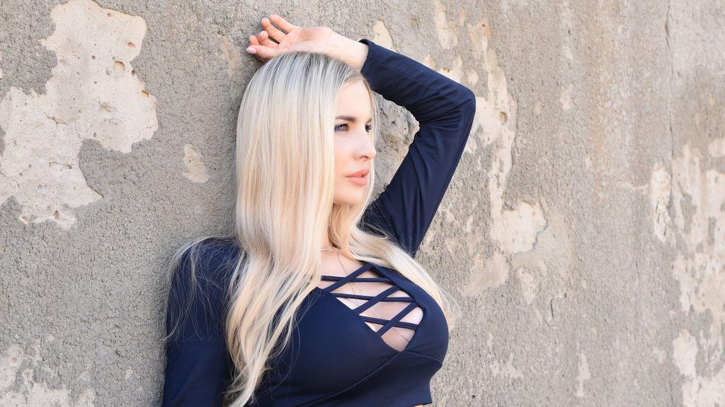 Show quente na webcam de Mileena91 – Meninas em LiveJasmin
